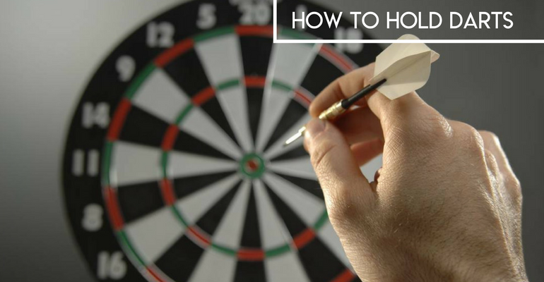 how to hold darts
